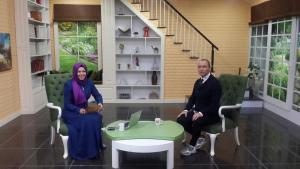 """Op. Dr. Selçuk Arslan Dost Tv'deki """"Hayat Güzeldir"""" programında """"İnfertilite (Tüp Bebek)"""" hakkında konuştular."""