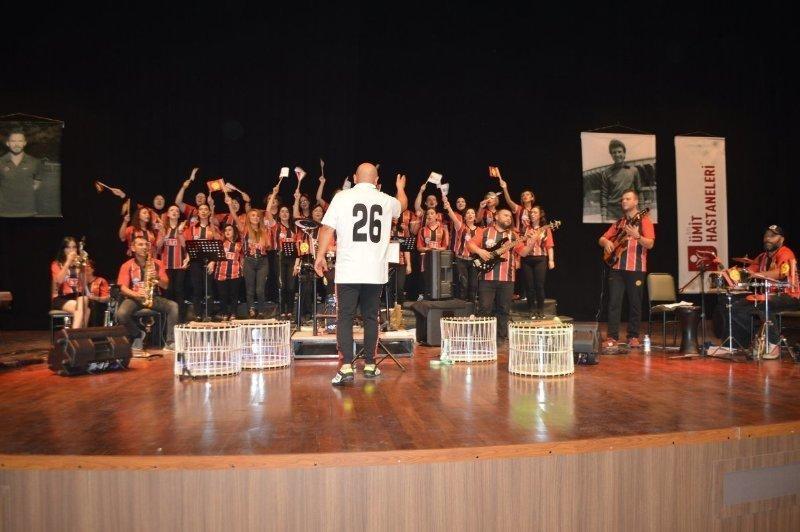 """Özel Ümit'ten """"Eskişehirspor Marşları"""" konseri"""