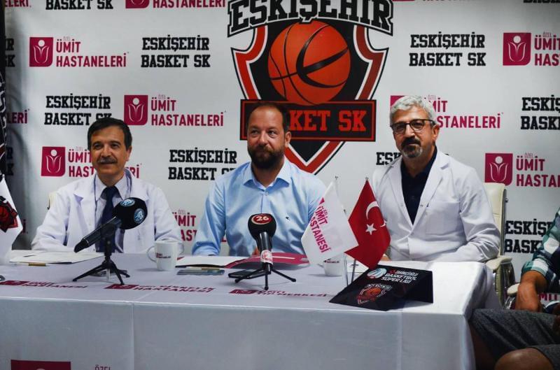 Eskişehir Basket'in yeni sezonda sağlık sponsoru geçen sene olduğu gibi yine Özel Ümit Hastanesi oldu.