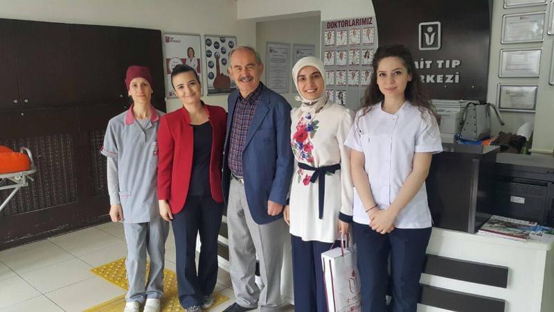 Eskişehir Büyükşehir Belediye Başkanı Prof. Dr. Yılmaz Büyükerşen, Ümit Tıp Merkezi'ne ziyareti.