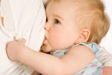 Bebeğin Sağlık İksiri ''Anne Sütü''