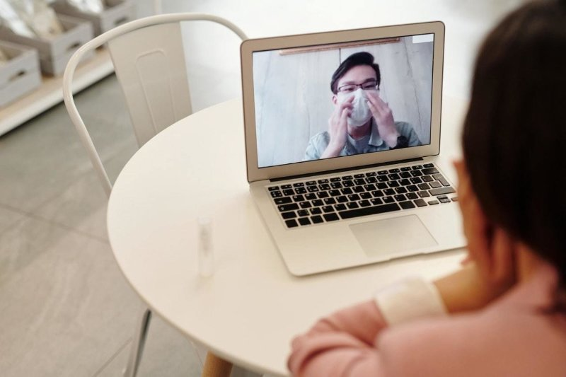 Corona (Covid-19) Hastalar ile Video Konferans Sistemi
