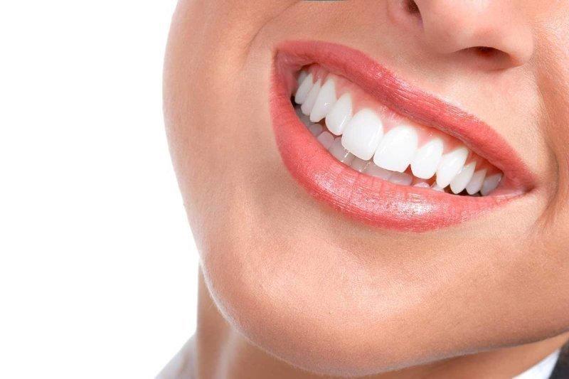Dental implantlarla ilgili kısa tavsiyeler, ömür boyu sağlıklı gülüşler