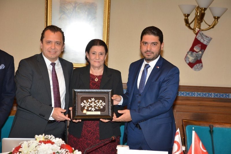Meaningful Gift for Women in Cyprus